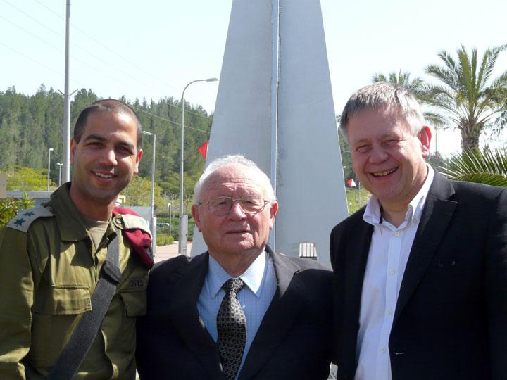 Informationsbesuch bei den israelischen Fallschirmjägern