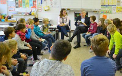 """Eigene PM: """"Der Wunschpunsch"""" des Abgeordneten MdL Freller liest in Nürnberger Grundschule vor"""