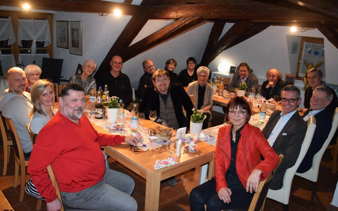 Künstlerinnen und Künstler aus Schwabach zu Gast beim 126. Dachbodengespräch