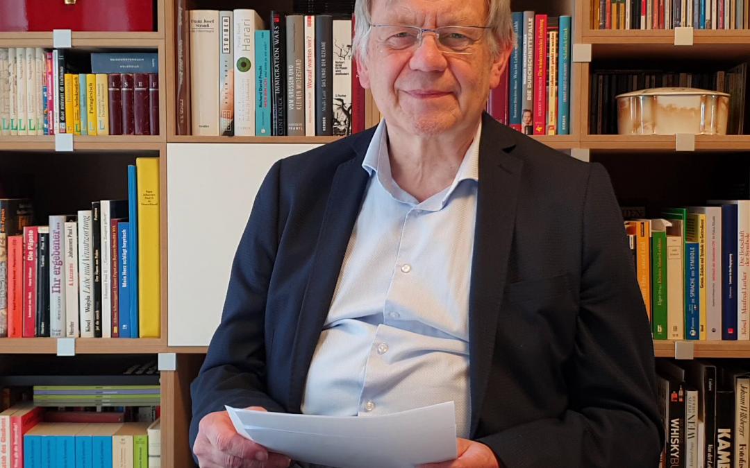 """Freller liest zum Tag der verbrannten Bücher 2020 aus Adam Scharrers """"Vaterlandslose Gesellen"""""""