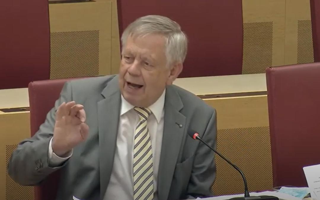 Landtagsvizepräsident Freller verteidigt Gesundheitsministerin Huml im Gesundheitsausschuss