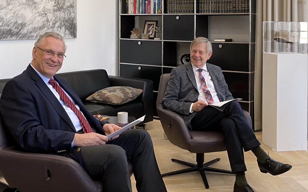 Politik 2.0: Videokonferenz mit Innenminister Herrmann